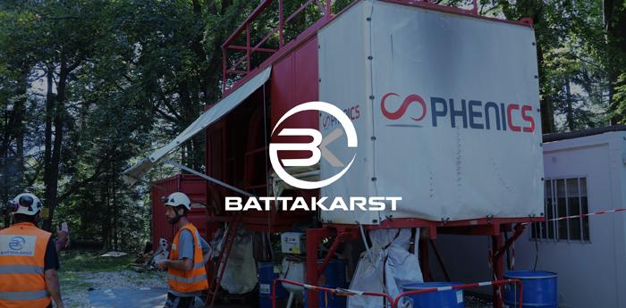 Phenics et le robot Battakarst à la conquête de la montagne.