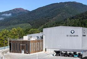 Winoa集团最新最环保的磨料生产工厂在巴尔马塞达(西班牙)揭牌